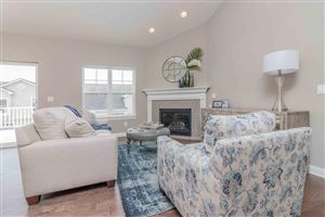 Photo of 728 Timber Ridge Dr, Waukesha, WI 53189 (MLS # 1643348)