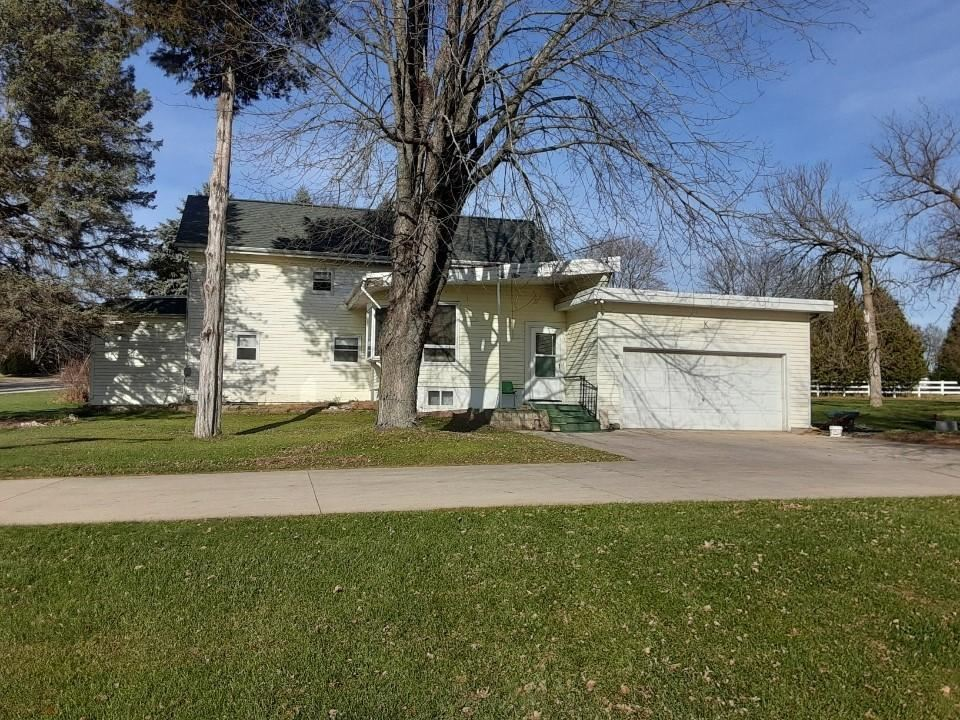 3592 Division Rd, Jackson, WI 53037 - #: 1717354