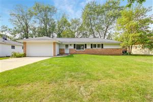 Photo of 4511 N 100th St, Wauwatosa, WI 53225 (MLS # 1660356)