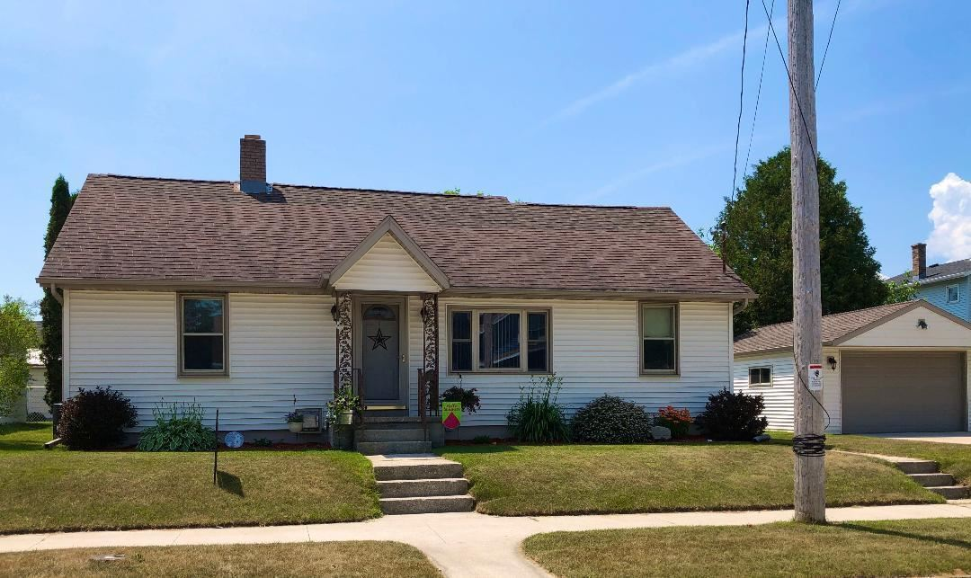 809 21st St, Two Rivers, WI 54241 - #: 1697361