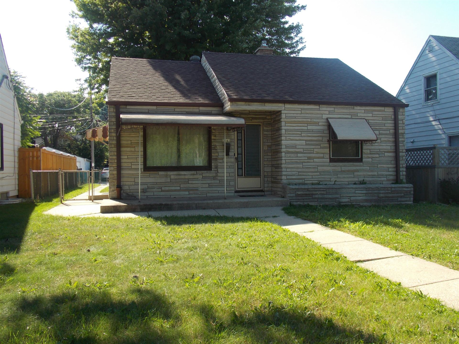 3163 S 6th St, Milwaukee, WI 53215 - #: 1703367