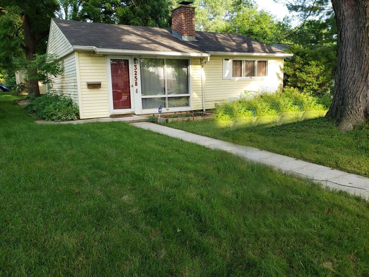 3258 N 84th St, Milwaukee, WI 53222 - #: 1677368
