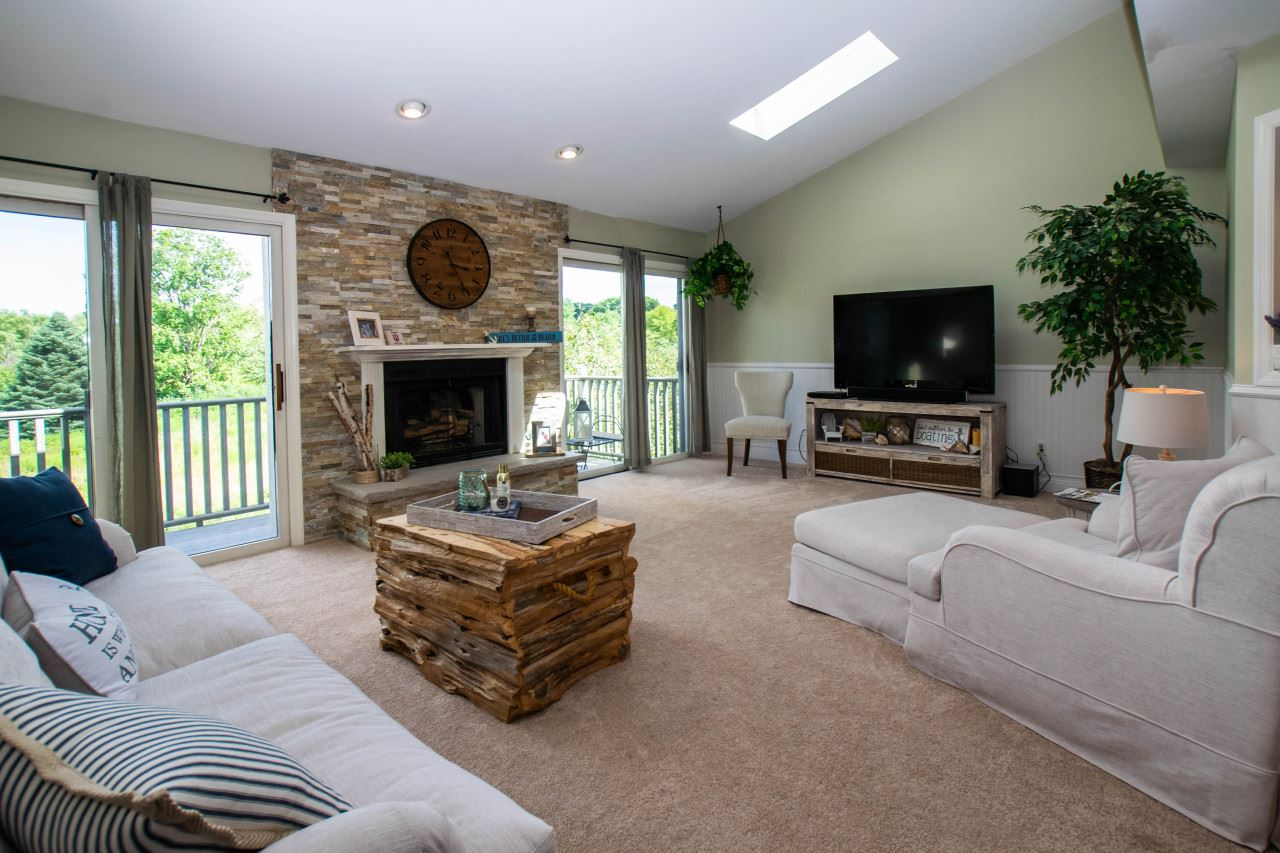 355 Havenwood Dr #8, Lake Geneva, WI 53147 - #: 1700372