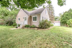 Photo of 1230 Tower Hill Dr, Brookfield, WI 53045 (MLS # 1655374)