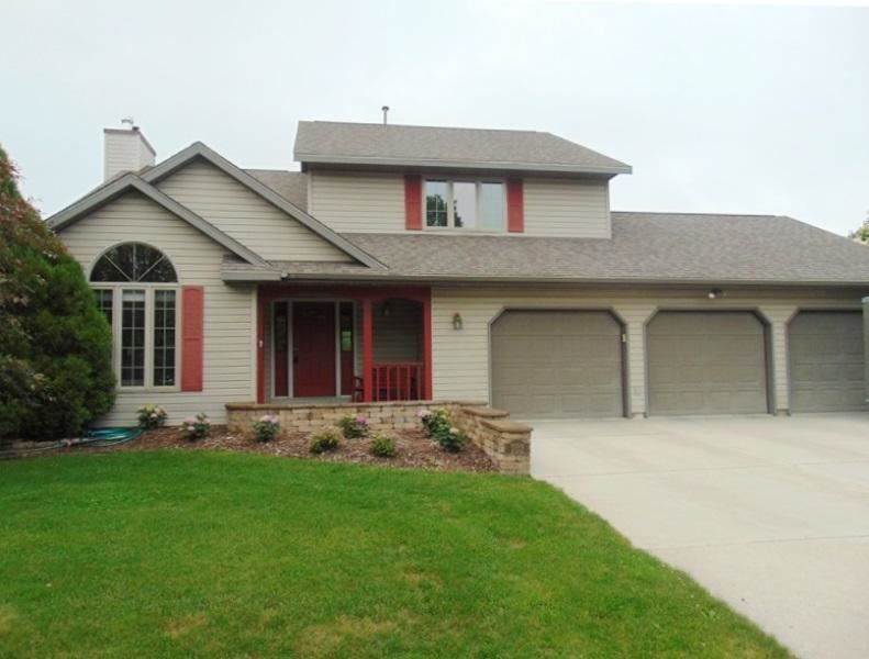702 S Hills Dr, Plymouth, WI 53073 - MLS#: 1749376