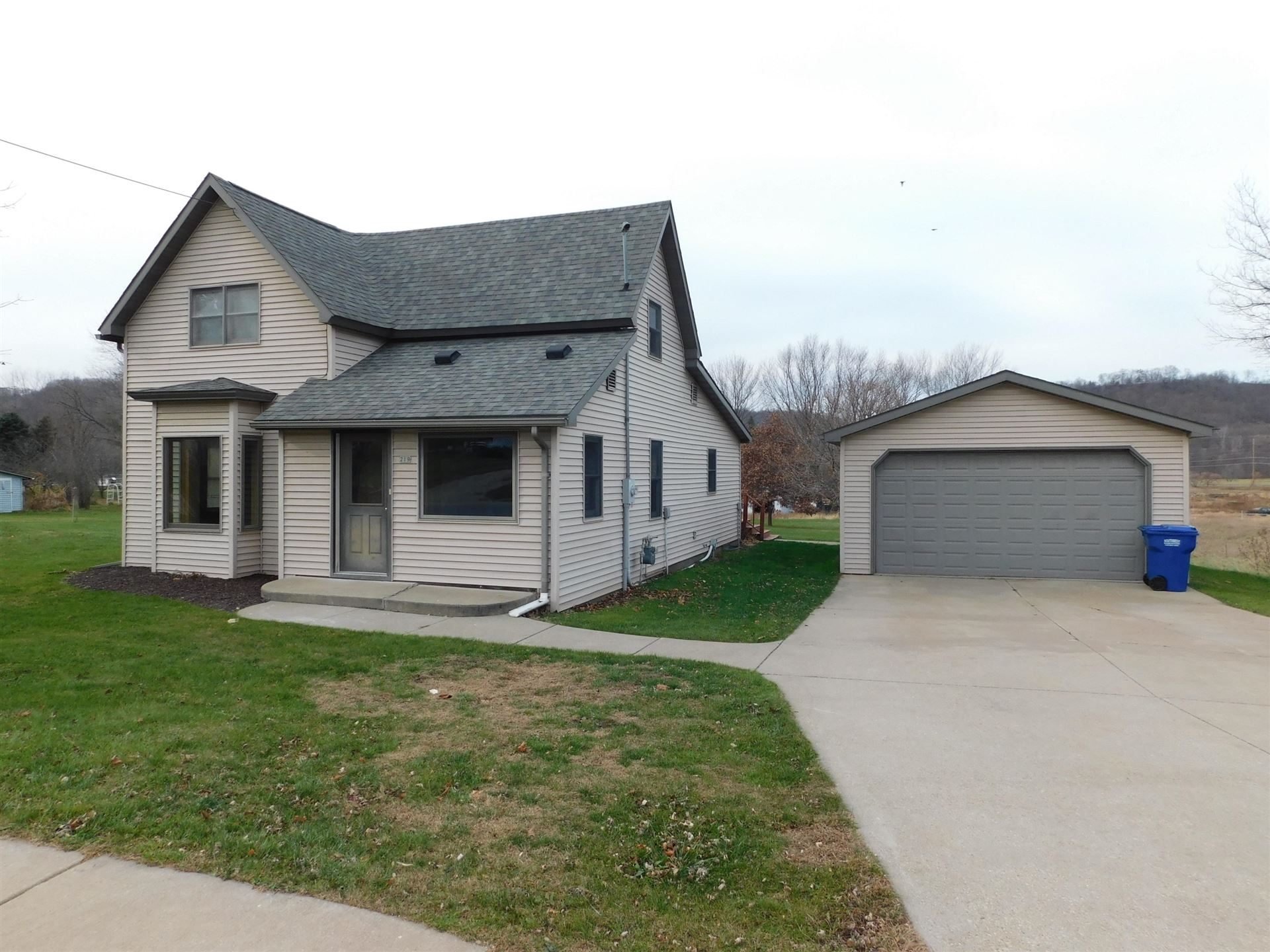 219 S Commercial St, Viola, WI 54664 - MLS#: 1719377