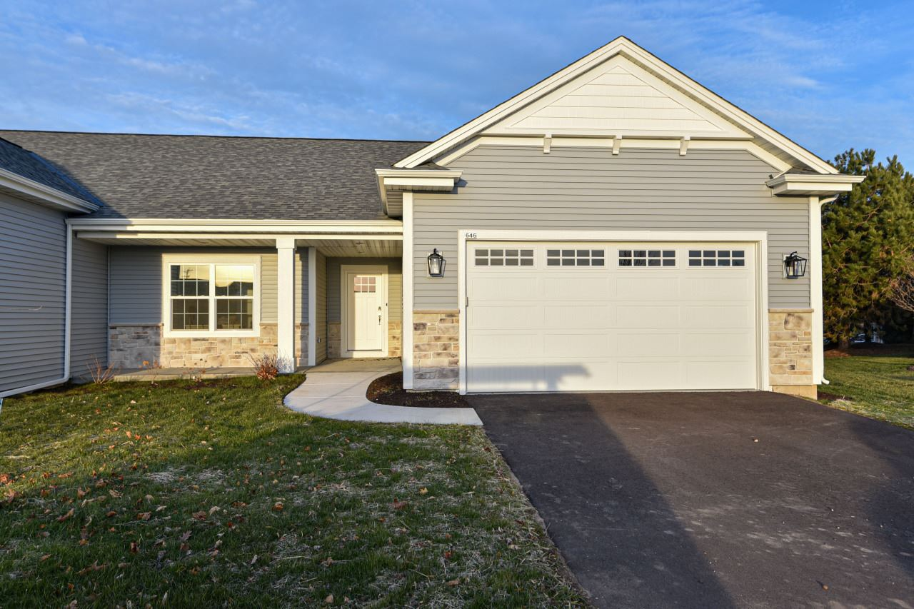 625 Annecy Park Cir, Waterford, WI 53185 - #: 1724385
