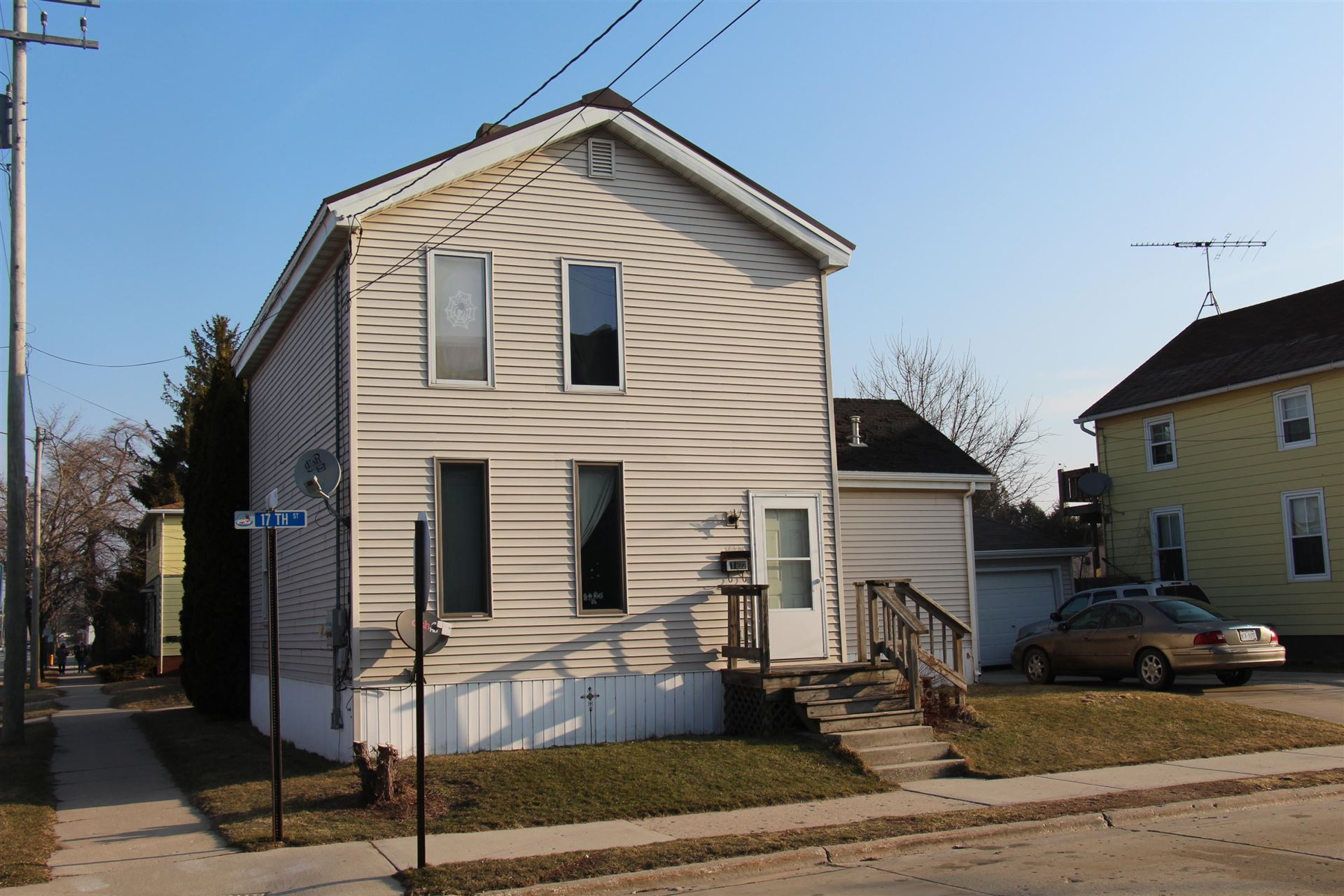 1622 17th St, Two Rivers, WI 54241 - #: 1682387