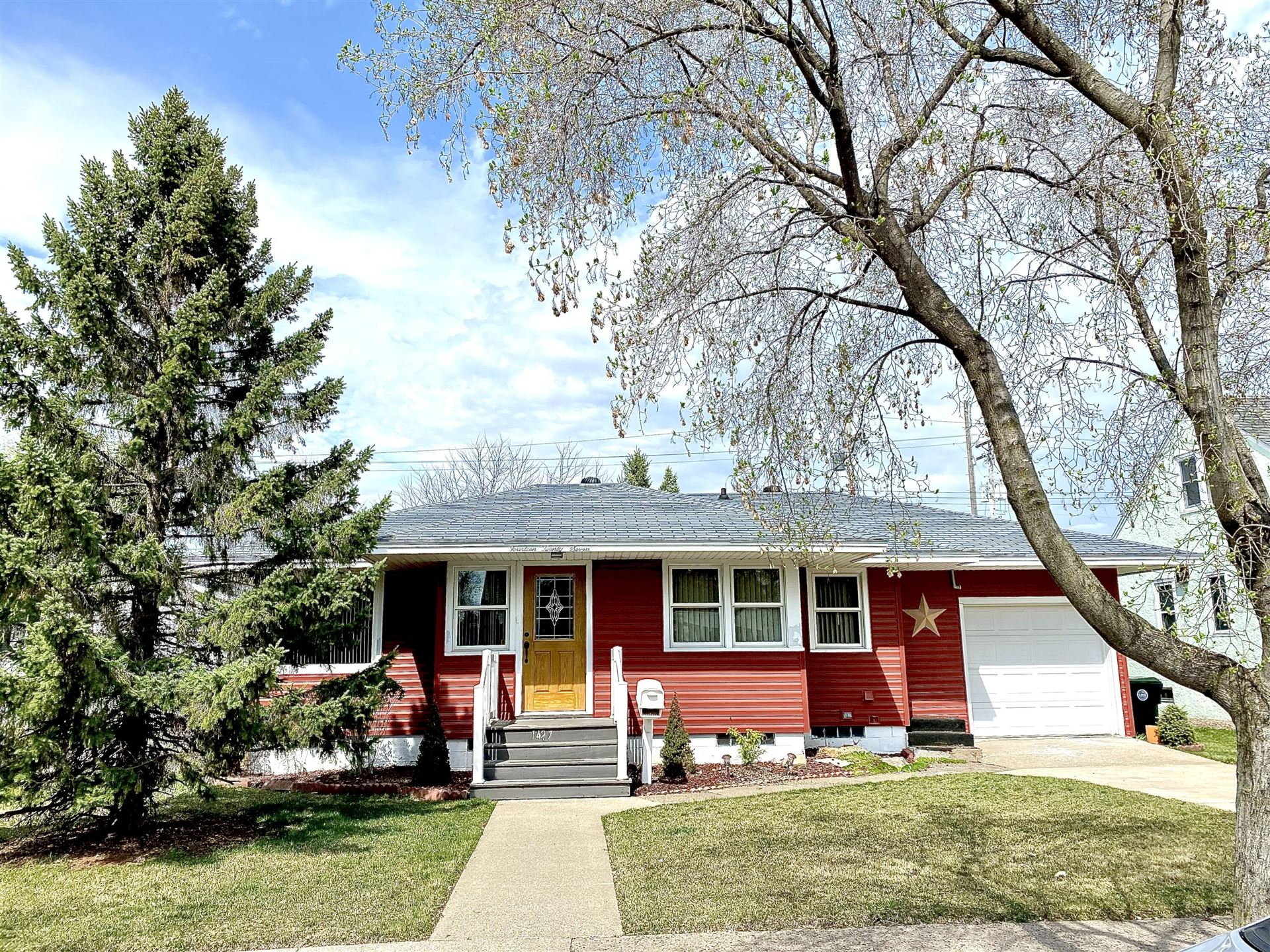 1427 Hyde Ave, La Crosse, WI 54601 - MLS#: 1735387