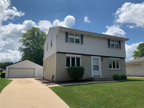 Photo of 2437 W Carrington Ave, Oak Creek, WI 53154 (MLS # 1698394)