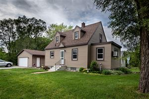 Photo of 203 Goddard St, Campbell, WI 54603 (MLS # 1643397)