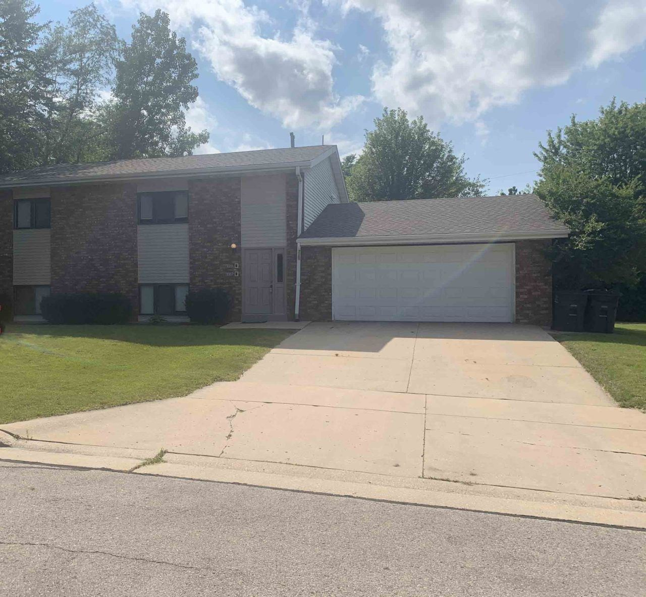 6155 S 42ND ST #6157, Greenfield, WI 53221 - #: 1703401