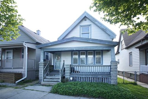 Photo of 2417 N Pierce St, Milwaukee, WI 53212 (MLS # 1739405)