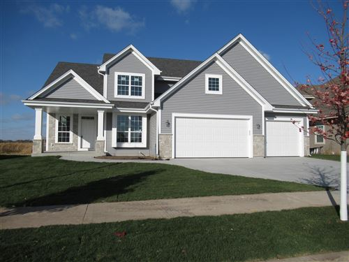 Photo of 1520 Foxwood Pass, Oconomowoc, WI 53066 (MLS # 1698407)