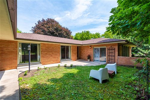 Photo of N112W19666 Mequon Rd, Germantown, WI 53022 (MLS # 1698408)