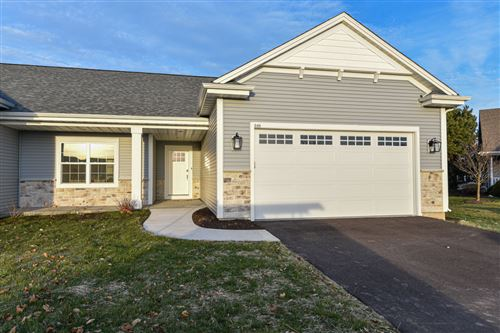 Photo of 627 Annecy Park Cir, Waterford, WI 53185 (MLS # 1724409)