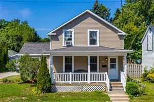 Photo of 616 N 6th St, Manitowoc, WI 54220 (MLS # 1652410)