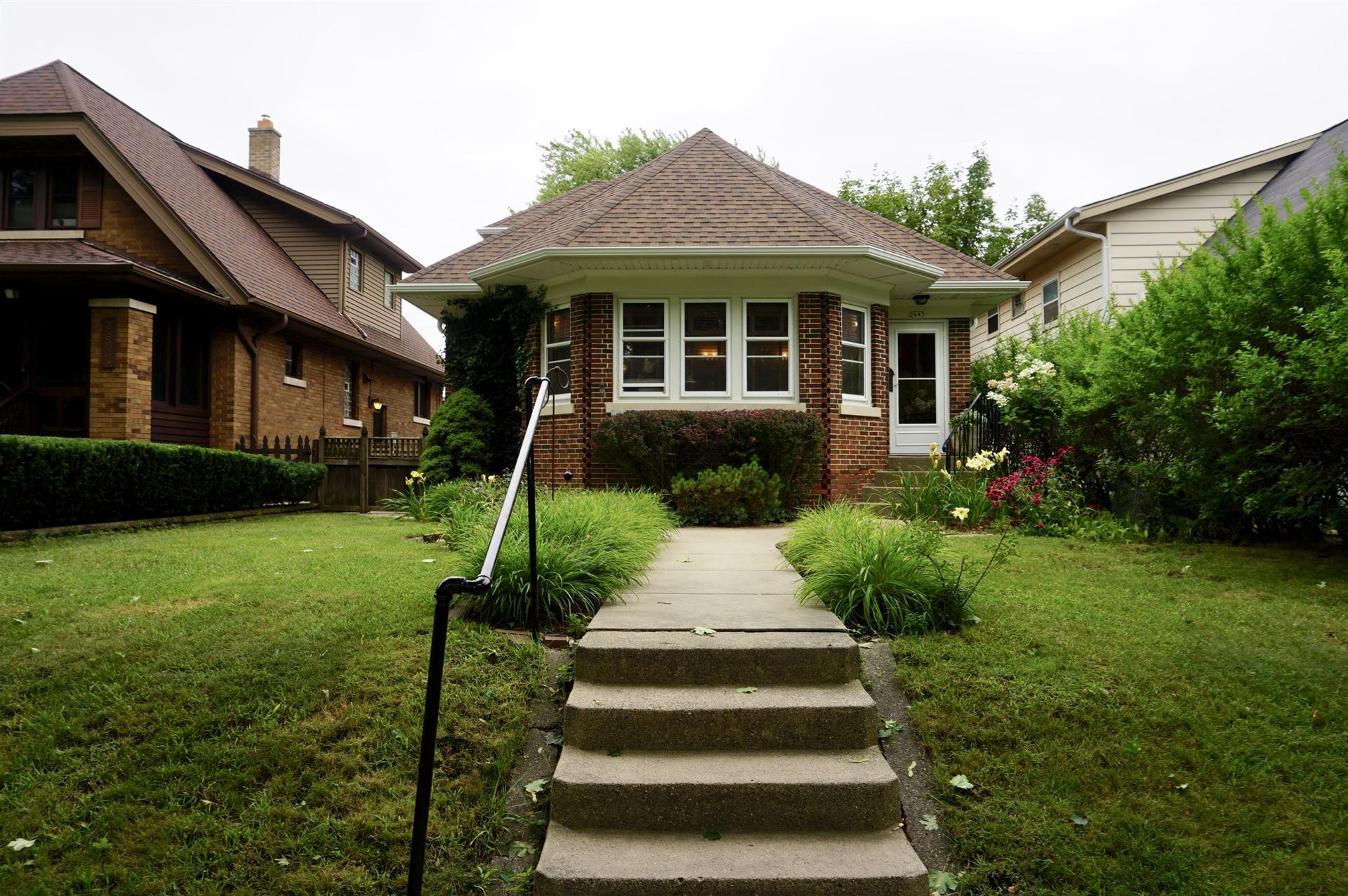 2643 S Linebarger Ter, Milwaukee, WI 53207 - #: 1702410