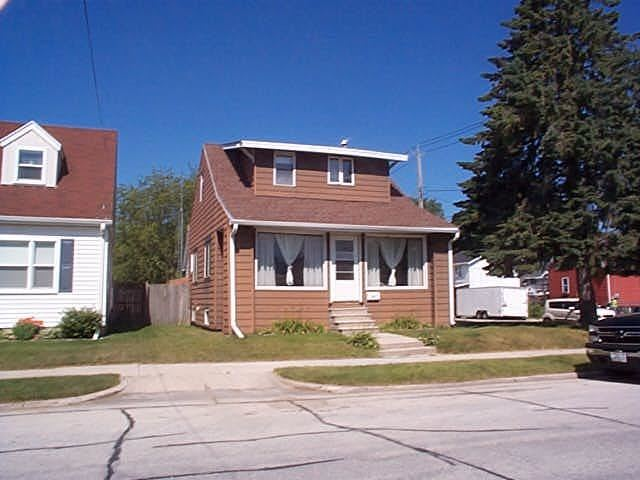 2022 Lincoln St, Two Rivers, WI 54241 - #: 1697413