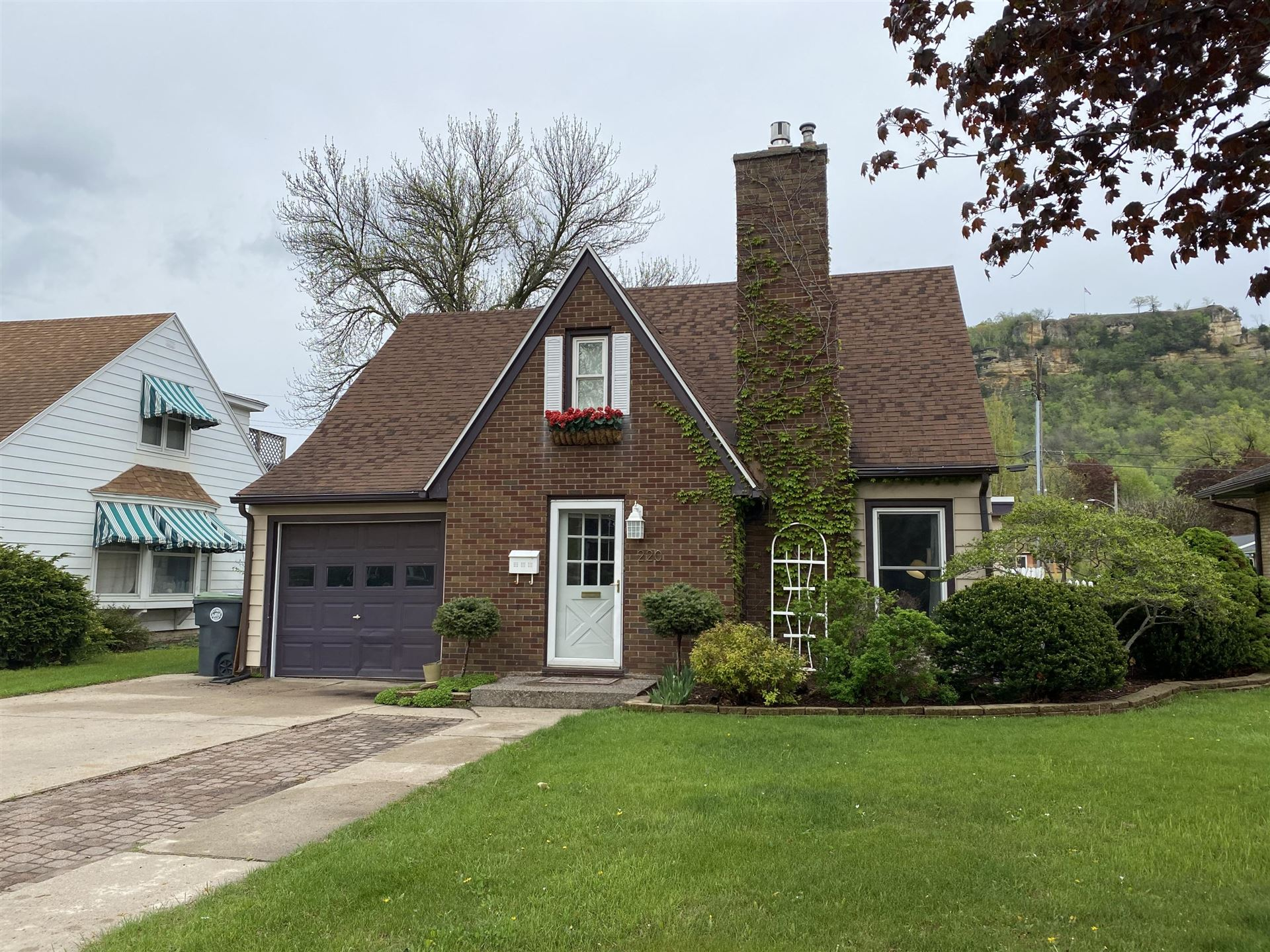 220 Losey Blvd N, La Crosse, WI 54601 - MLS#: 1738413