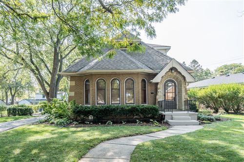 Photo of 2339 W Raleigh Ave, Glendale, WI 53209 (MLS # 1711420)