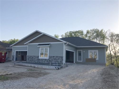 Photo of 747 Wright Ct, Hartford, WI 53027 (MLS # 1720425)