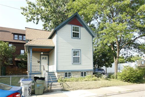 Photo of 1008 E North Ave, Milwaukee, WI 53212 (MLS # 1755438)