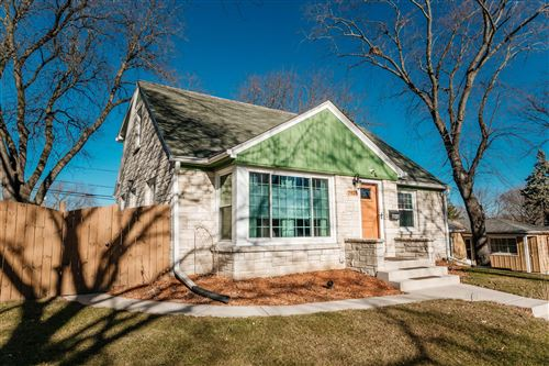 Photo of 7924 W Keefe Ave, Milwaukee, WI 53222 (MLS # 1724439)