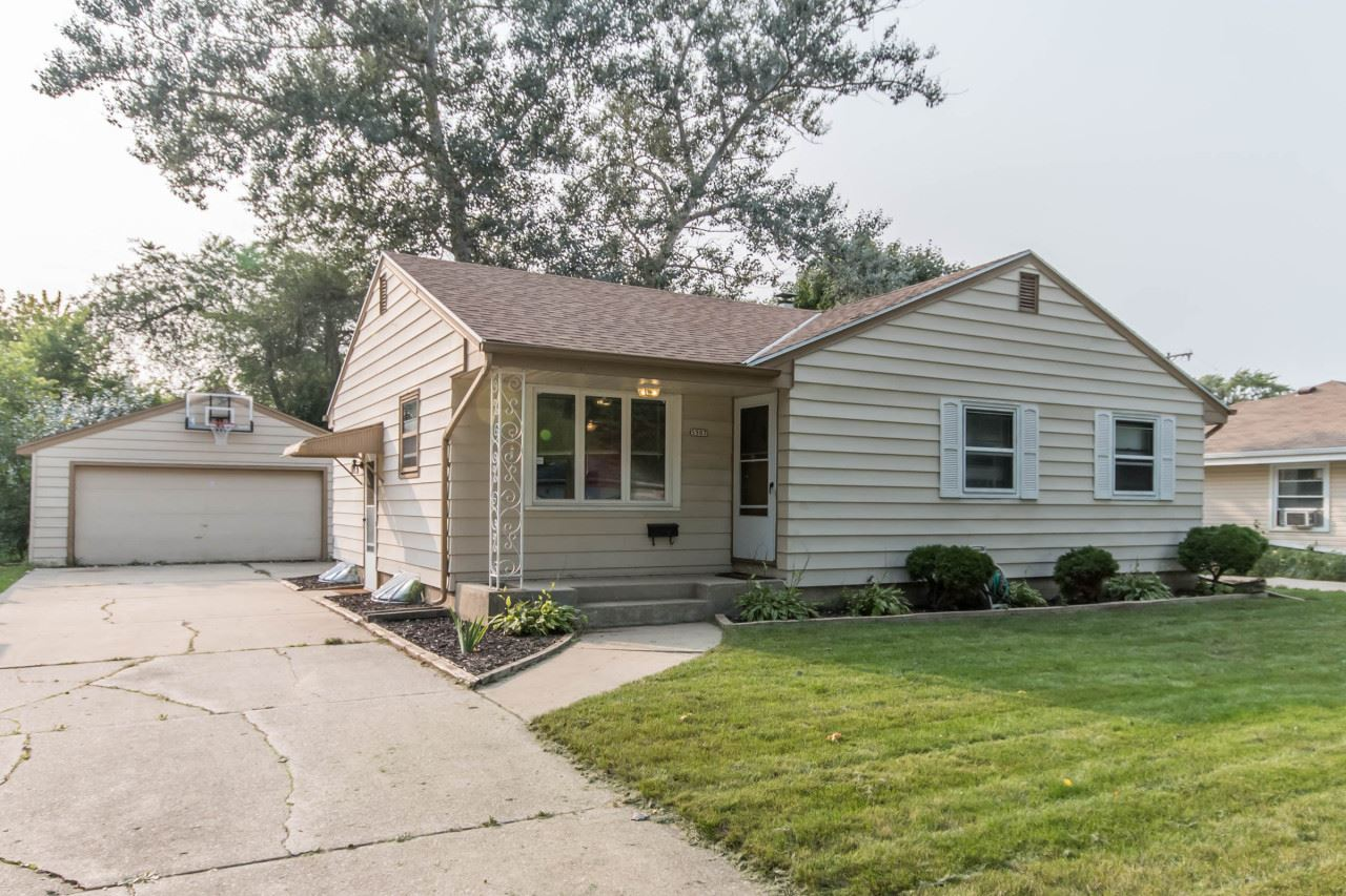 5507 N 106th St, Milwaukee, WI 53225 - #: 1711449