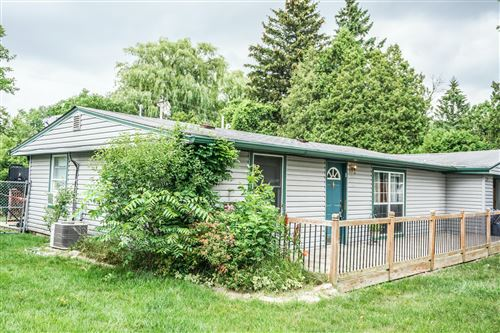 Photo of 10424 Root River Dr, Caledonia, WI 53108 (MLS # 1753453)