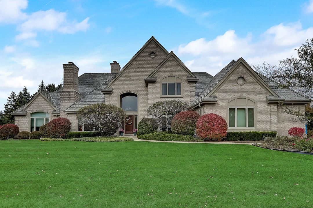 10610 N Wood Crest Ct, Mequon, WI 53092 - #: 1714454