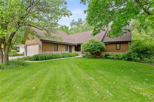 Photo of 831 Indian Bluff Dr, Manitowoc, WI 54220 (MLS # 1642458)