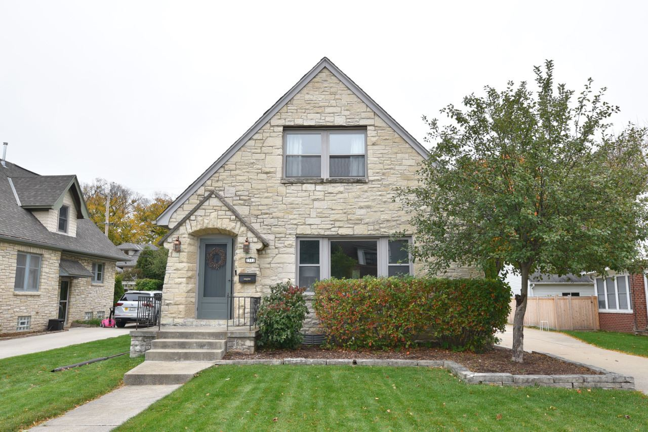2512 N 89th St, Wauwatosa, WI 53226 - #: 1715458