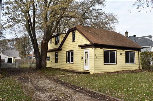Photo of 637 S 104th St, West Allis, WI 53214 (MLS # 1668461)