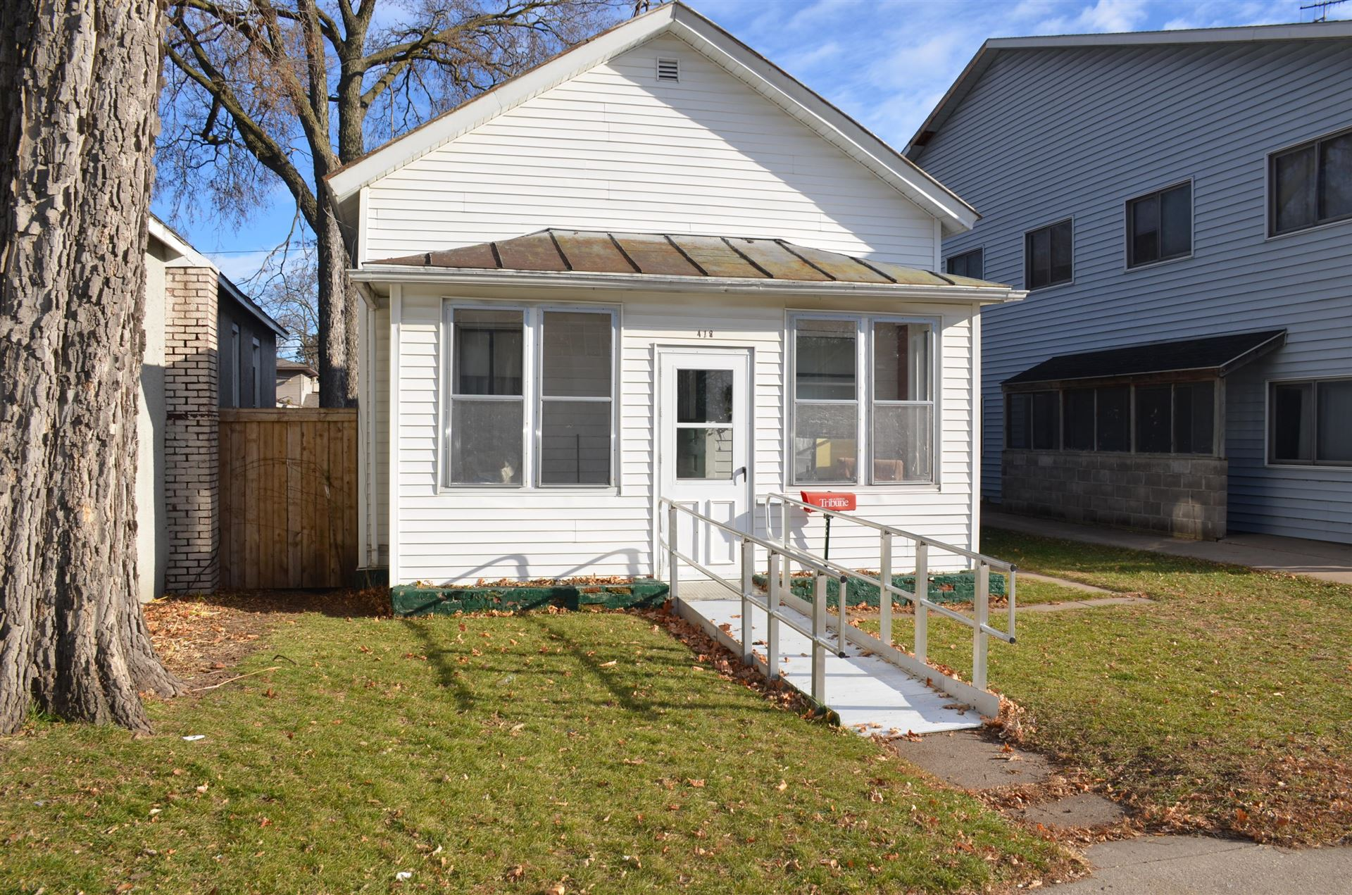 418 10th St N, La Crosse, WI 54601 - MLS#: 1720468