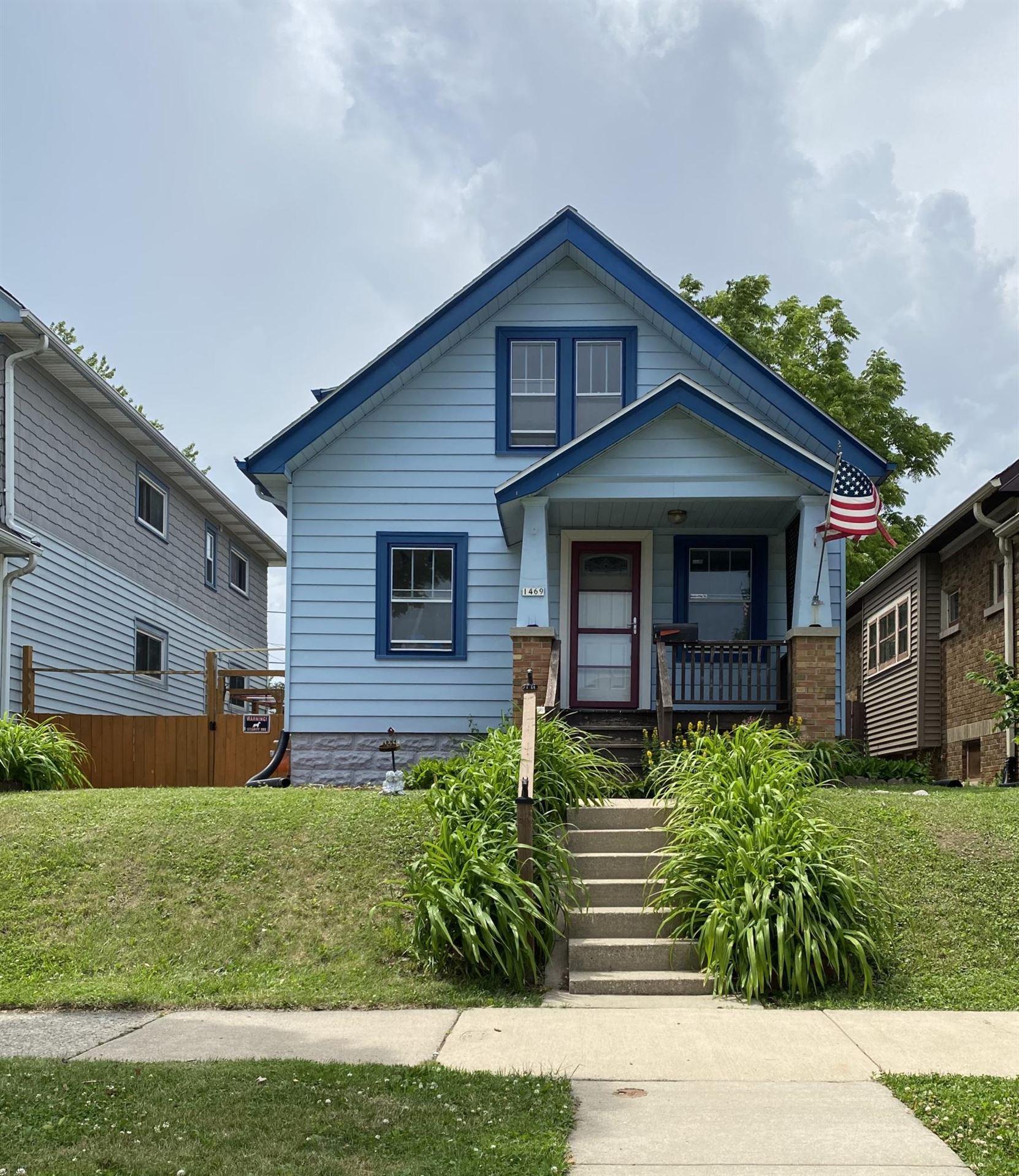 1469 S 55th St, West Milwaukee, WI 53214 - #: 1696470