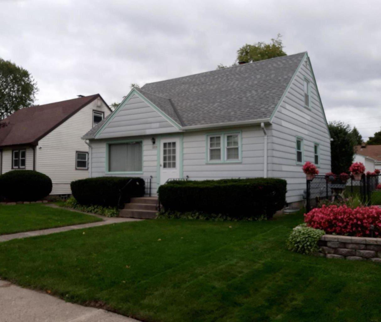3853 N 70th St, Milwaukee, WI 53216 - #: 1711474