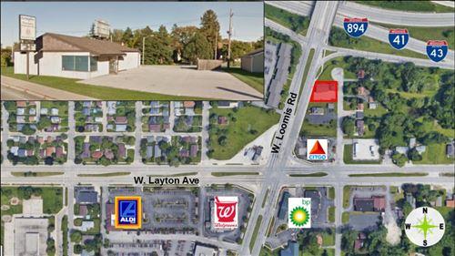 Photo of 4365 W Loomis Rd, Greenfield, WI 53220 (MLS # 1649476)