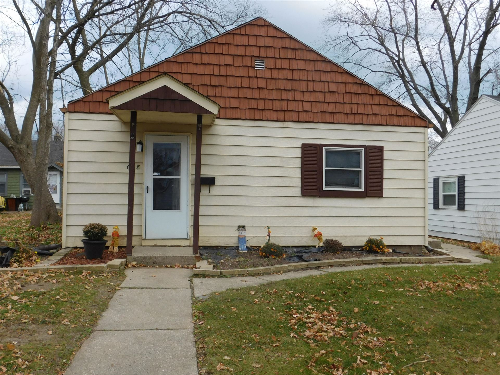 6118 N 37th St, Milwaukee, WI 53209 - #: 1718476