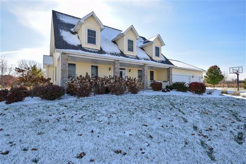Photo of 9473 48th Ave, Pleasant Prairie, WI 53158 (MLS # 1667478)