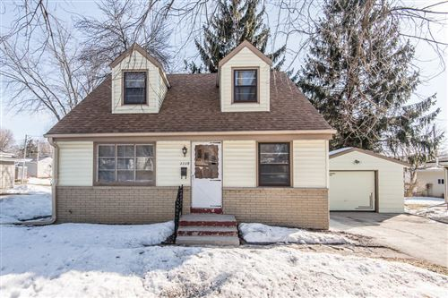 Photo of 1115 Lawndale Ave, Waukesha, WI 53188 (MLS # 1729478)