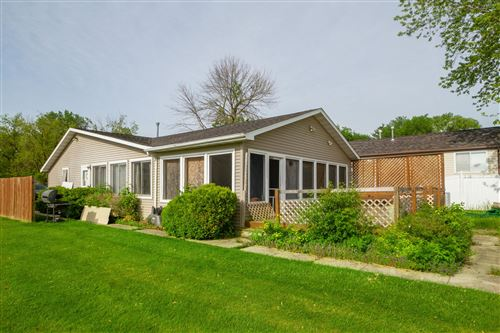 Photo of 4500 South Shore Dr, Delavan, WI 53115 (MLS # 1698481)