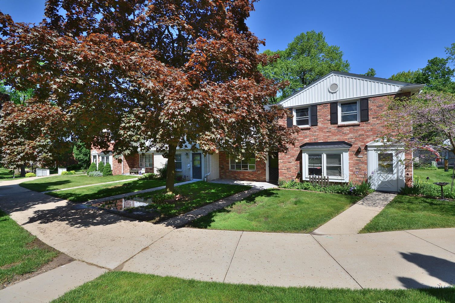 5002 W Colonial Ct, Greenfield, WI 53220 - #: 1691483