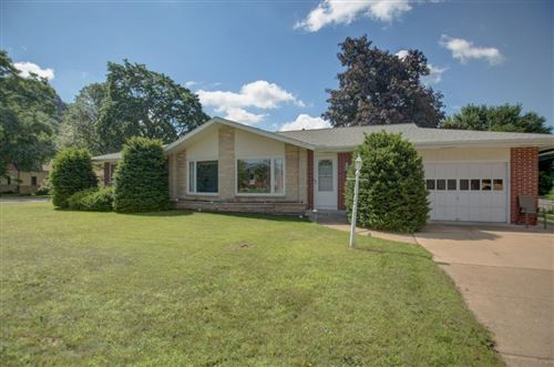Photo of 2922 Farnam St, La Crosse, WI 54601 (MLS # 1698486)