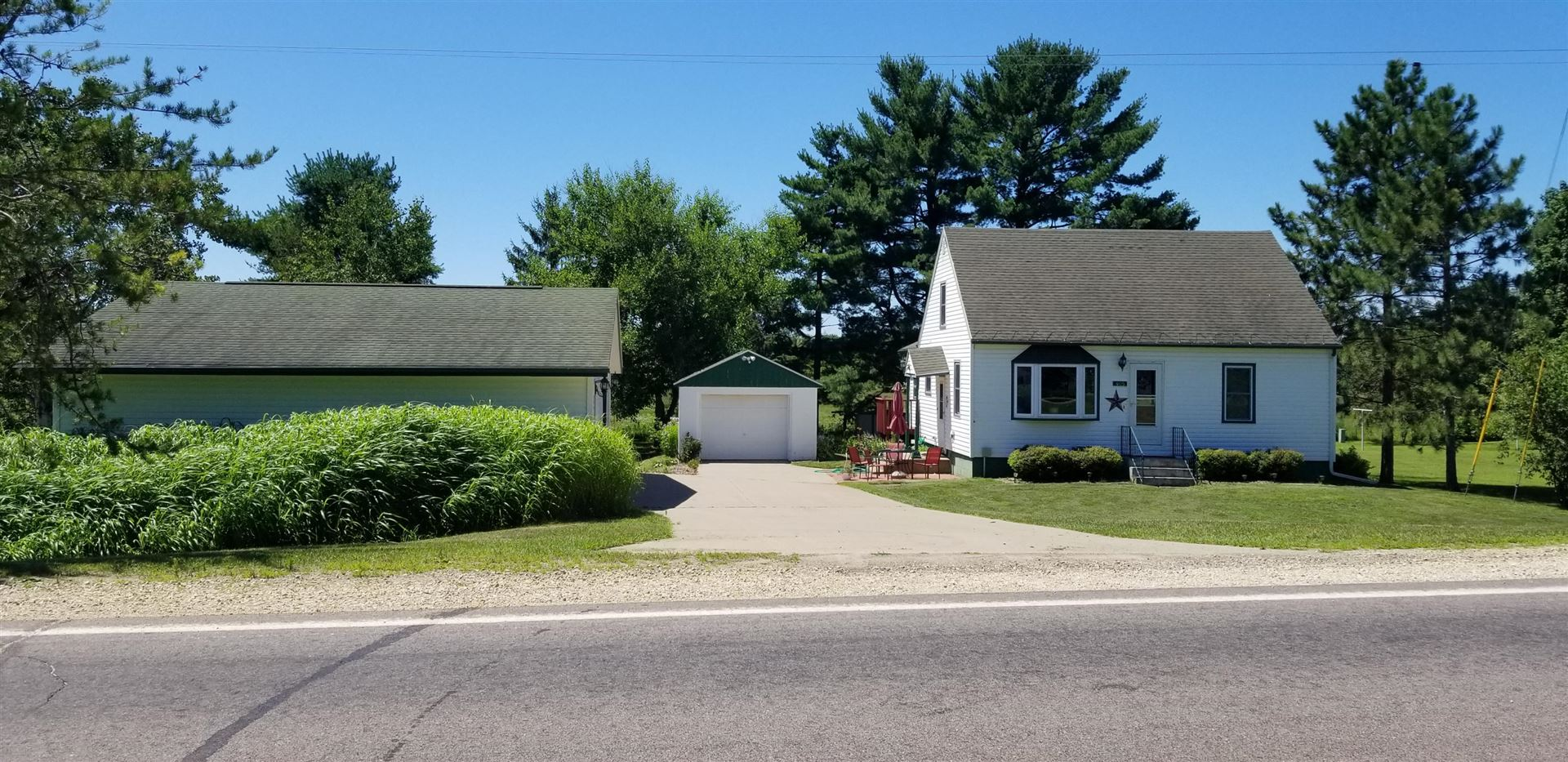 405 Commercial St S, Rockland, WI 54653 - MLS#: 1700486