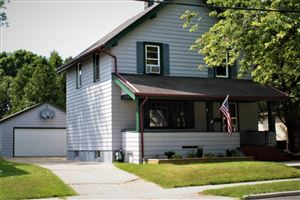 Photo of 909 New York Ave, Manitowoc, WI 54220 (MLS # 1653489)