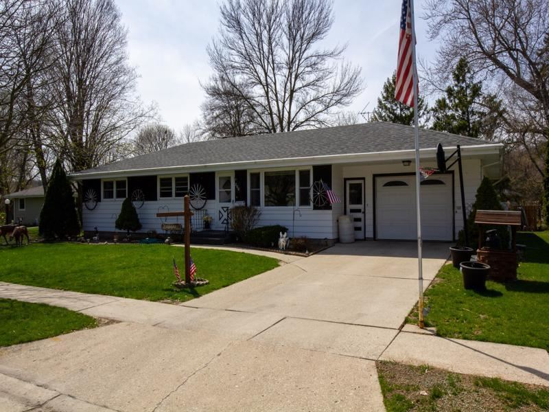 200 Willowbrook Dr, Plymouth, WI 53073 - #: 1687508