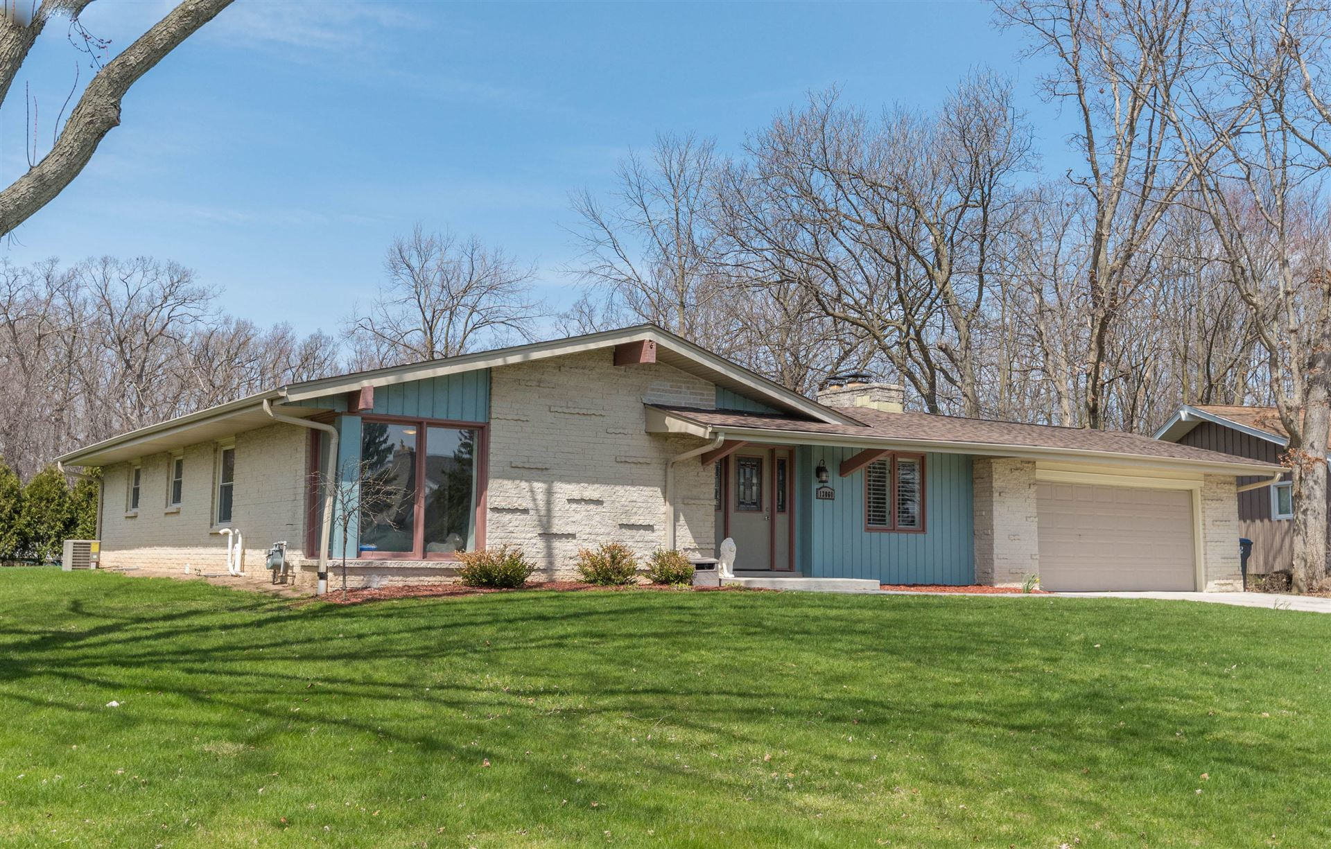 13060 W Brentwood Dr, New Berlin, WI 53151 - #: 1690518