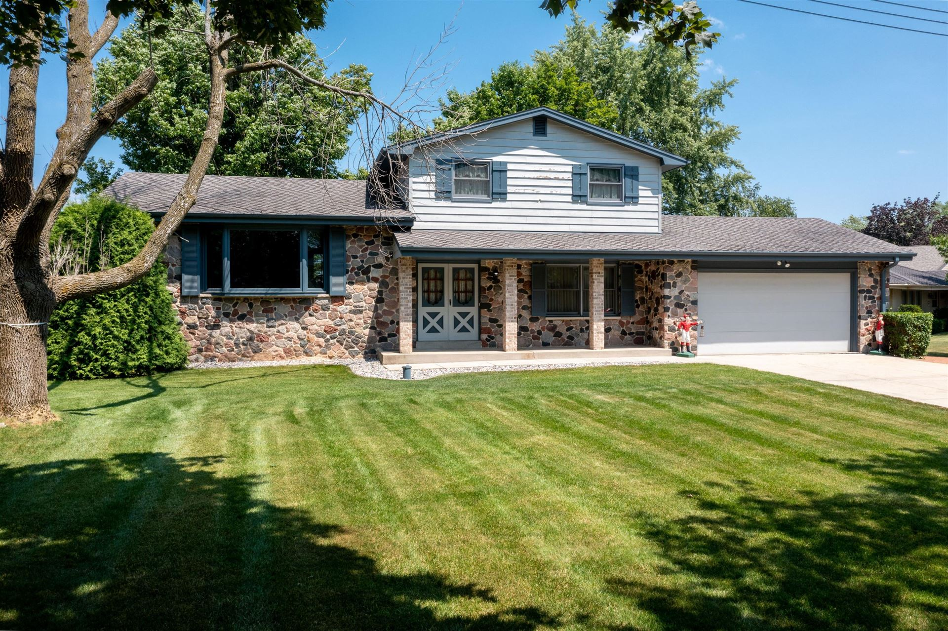 W191S7340 Bay Shore Dr, Muskego, WI 53150 - MLS#: 1750521