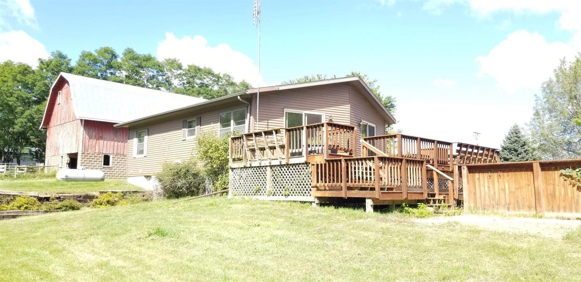 W4255 County Road Q, Farmington, WI 54644 - MLS#: 1762522